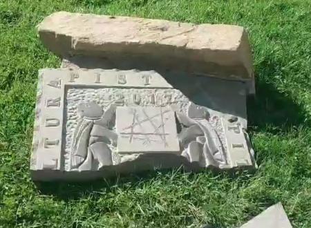 Nuovi vandalismi nel giardino Anna Magnani